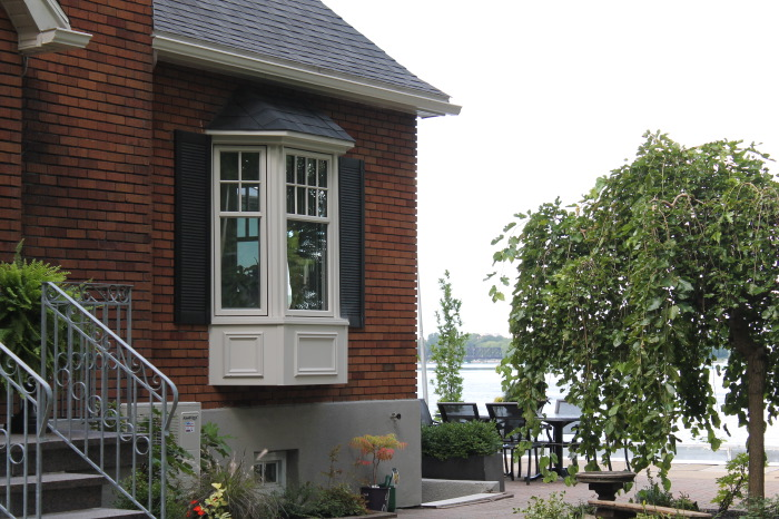 Baie et bow windows montr al laval brossard for Fenetre bay window